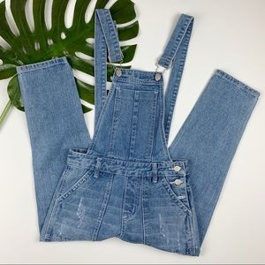 New Boohoo Overalls Distressed Cropped 4